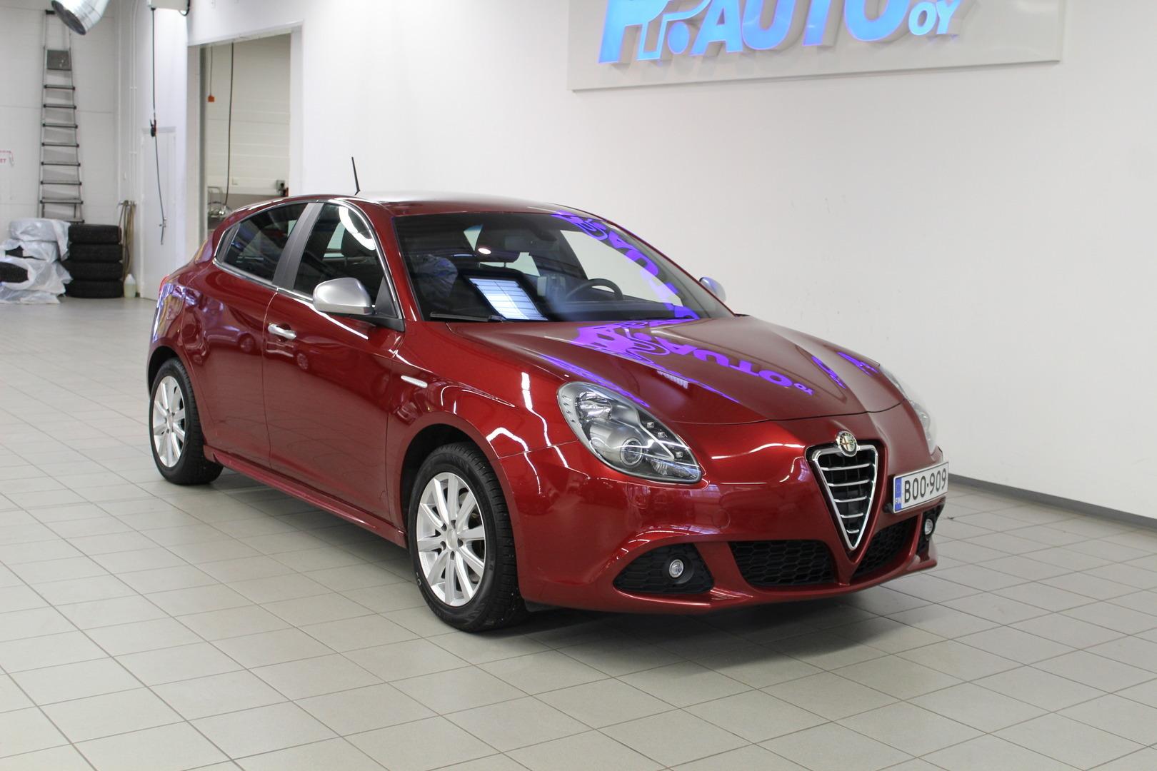 Alfa Romeo Giulietta >> Vaihtoautot Alfa Romeo Giulietta 1 4 Multiair 170hv Bensiini