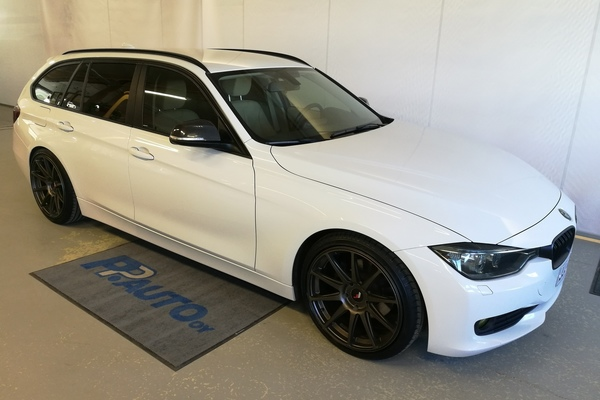 BMW 320 F31 Touring 320d A xDrive Business, vm. 2015, 103 tkm