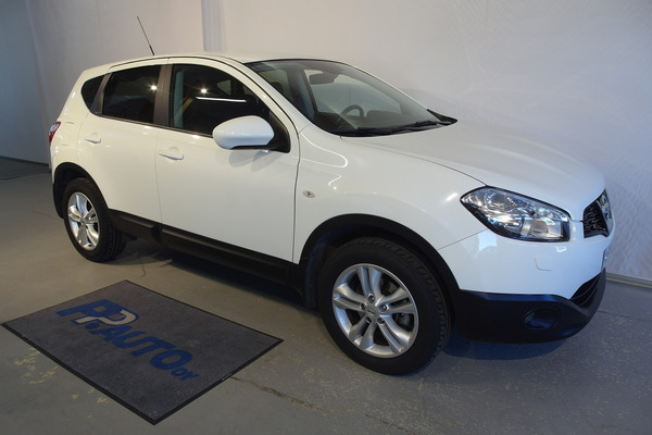Nissan Qashqai 1,6L Stop / Start System Acenta 2WD 5M/T Connect MY11, vm. 2011, 26 tkm