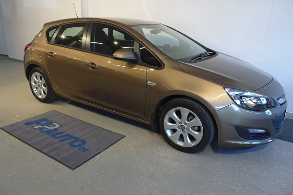 Opel Astra 5-ov Enjoy 1,4 Turbo 103kW AT6, vm. 2013, 14 tkm