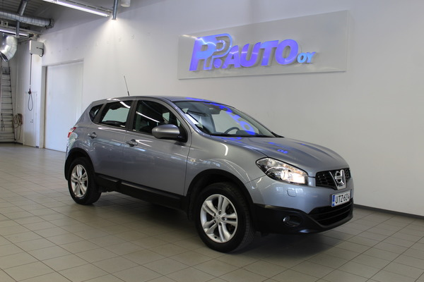 Nissan Qashqai 1,6L Stop / Start System Acenta 2WD 5M/T Connect, vm. 2013, 82 tkm