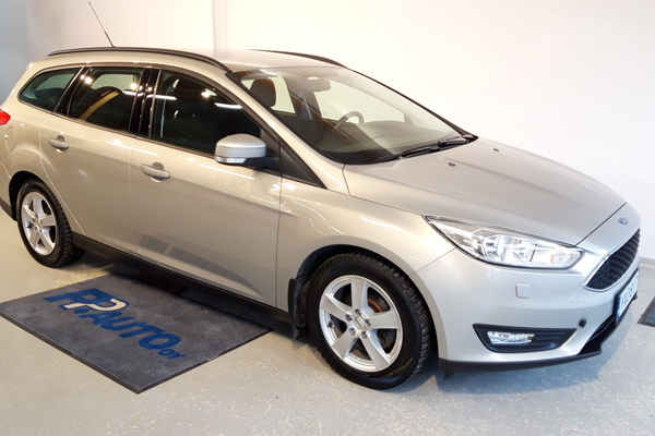 Ford Focus 1,0 EcoBoost 125 hv Start/Stop M6 Trend Wagon, vm. 2015, 67 tkm
