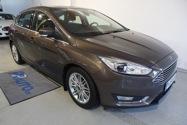 Ford Focus 1,5 TDCi 120 hv Start/stop PowerShift A6 Titanium 5-ovinen, vm. 2015, 37 tkm