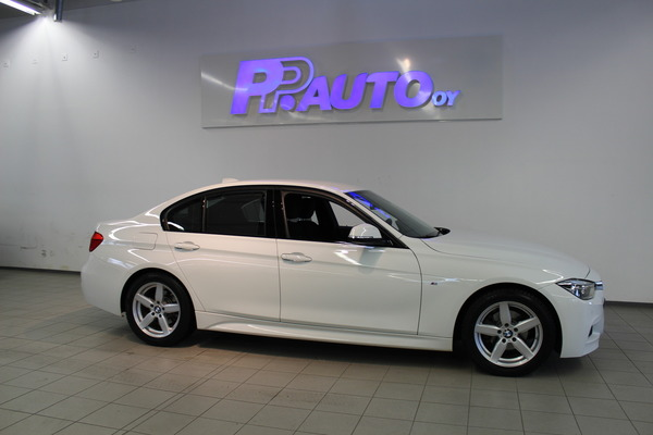 BMW 318 F30 Sedan 318i A Business M Sport Edition, vm. 2016, 33 tkm