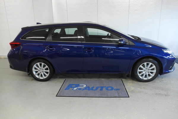 Toyota Auris Touring Sports 1,2 T Active, vm. 2015, 164 tkm