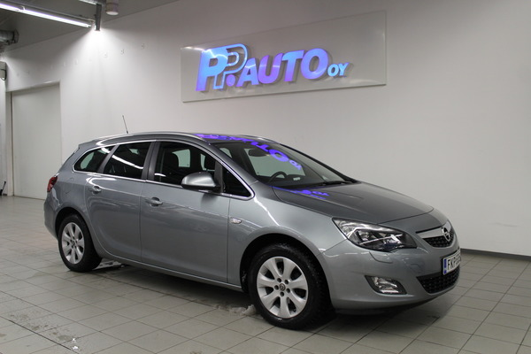 Opel Astra Sports Tourer Sport 1,4 Turbo ecoFLEX Start/Stop 103kW MT6, vm. 2013, 79 tkm