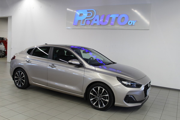 Hyundai i30 Fastback 1,4 T-GDI 140 hv 7DCT-aut Style Exclusive, vm. 2019, 8 tkm