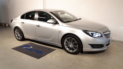 Opel Insignia 4-ov Sport 1,6 Turbo 125kW AT6, vm. 2014, 72 tkm (1 / 7)