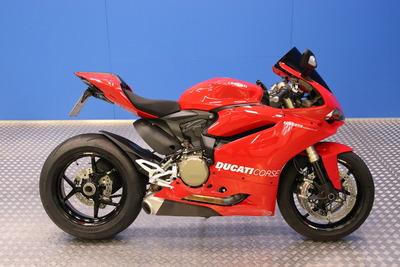 Ducati Panigale 1299 - Todella hieno Panigale 1299 - Korko 0,99% ja 1000€ S-bonuskirjaus!! Rah.72 kk ilman käsirahaa!, vm. 2015, 22 tkm (1 / 11)