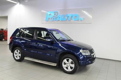 Suzuki Grand Vitara 2,4 VVT 4WD 5D 5MT - Korko 2,9% ja 1.erä tammikuussa! , vm. 2011, 139 tkm (1 / 13)