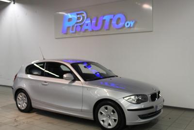 BMW 116 E81 Hatchback 3-ov Business - Korko 1,89% ja 1.erä kesäkuussa! Vaihtoviikot 14.-31.3., vm. 2009, 99 tkm (1 / 16)