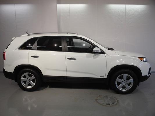 Kia SORENTO 2,2 CRDi AWD EX A 5P, vm. 2011, 107 tkm