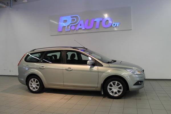Ford FOCUS 1.6 100 Ghia Wagon, vm. 2009, 138 tkm