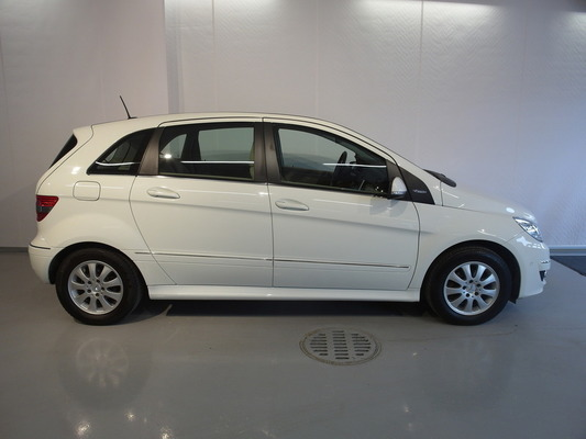 Mercedes-Benz B 180 BE, vm. 2011, 83 tkm